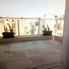 Апартаменты The Edge Apartment балкон