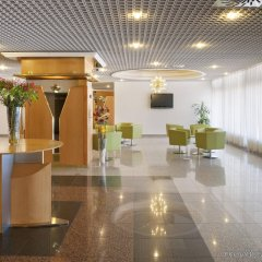 Отель Holiday Inn Bratislava спа