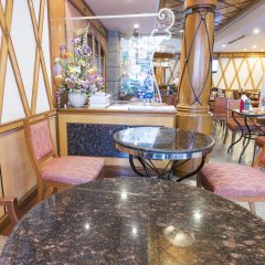 Отель Majestic Suite Бангкок интерьер отеля
