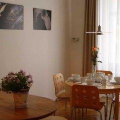 Отель Prague Luxury Jewish Quarter Чехия, Прага - отзывы, цены и фото номеров - забронировать отель Prague Luxury Jewish Quarter онлайн питание