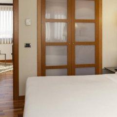 AC Hotel Genova by Marriott Генуя сейф в номере