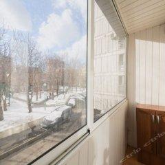 Апартаменты LikeHome Apartments Polyanka Москва балкон