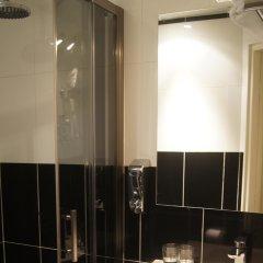 Отель Regina Франция, Париж - отзывы, цены и фото номеров - забронировать отель Regina онлайн ванная