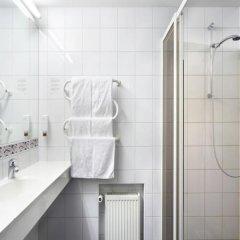 Отель Tallink Express Hotel Эстония, Таллин - - забронировать отель Tallink Express Hotel, цены и фото номеров ванная фото 2