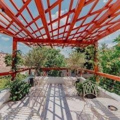 ART Hostel & Apartments Тирана балкон