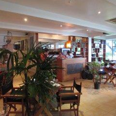 Отель De Vos on the Park Фиджи, Вити-Леву - отзывы, цены и фото номеров - забронировать отель De Vos on the Park онлайн гостиничный бар