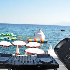 Bilem High Class Hotel Турция, Анталья - 2 отзыва об отеле, цены и фото номеров - забронировать отель Bilem High Class Hotel онлайн приотельная территория