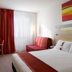 Отель Holiday Inn Express Barcelona City 22@ комната для гостей фото 2