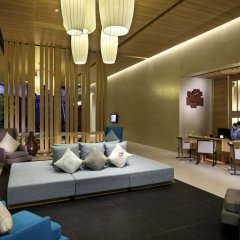 Отель Holiday Inn Resort Phuket Mai Khao Beach пляж Май Кхао интерьер отеля