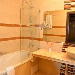 Отель St. Ivan Rilski Hotel & Apartments Болгария, Банско - отзывы, цены и фото номеров - забронировать отель St. Ivan Rilski Hotel & Apartments онлайн ванная фото 2