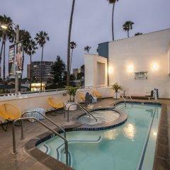 Отель The Kinney Venice Beach бассейн