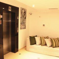 Отель Thilhara Days Inn Шри-Ланка, Коломбо - отзывы, цены и фото номеров - забронировать отель Thilhara Days Inn онлайн интерьер отеля фото 3