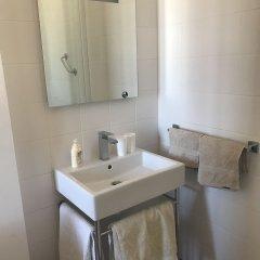 Отель Chambre d'Hôte La Sylvabelle ванная фото 2
