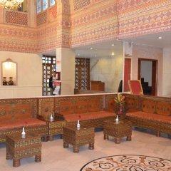 Отель Grand Sartaj Hotel Индия, Нью-Дели - отзывы, цены и фото номеров - забронировать отель Grand Sartaj Hotel онлайн интерьер отеля