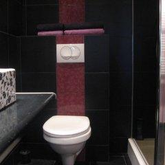 Отель ArtRooms Польша, Познань - отзывы, цены и фото номеров - забронировать отель ArtRooms онлайн ванная