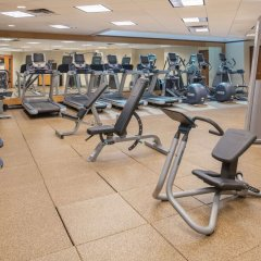 Отель Hilton Bellevue фитнесс-зал фото 2
