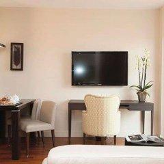 Отель Suites Cannes Croisette Франция, Канны - 2 отзыва об отеле, цены и фото номеров - забронировать отель Suites Cannes Croisette онлайн удобства в номере