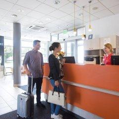 Отель Premiere Classe Wroclaw Centrum Польша, Вроцлав - 4 отзыва об отеле, цены и фото номеров - забронировать отель Premiere Classe Wroclaw Centrum онлайн интерьер отеля