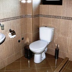 Отель Family Hotel Bela Болгария, Трявна - отзывы, цены и фото номеров - забронировать отель Family Hotel Bela онлайн ванная