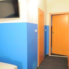 Отель Freedom Hostel Польша, Краков - - забронировать отель Freedom Hostel, цены и фото номеров интерьер отеля фото 3