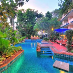Отель Gazebo Resort Pattaya бассейн