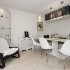 Апартаменты Onefinestay - Holland Park Apartments Лондон спа