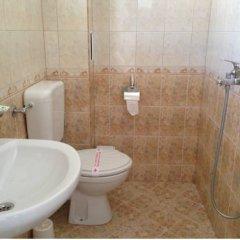 Отель Zoya Guest House Болгария, Равда - отзывы, цены и фото номеров - забронировать отель Zoya Guest House онлайн ванная фото 2