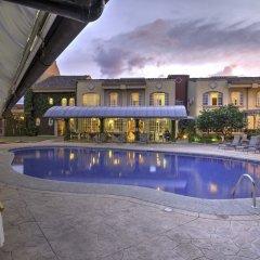 Casa Conde Hotel & Suites бассейн фото 2