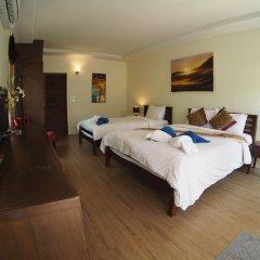 Отель Soontreeya Lanta сейф в номере