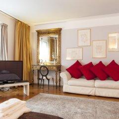 Апартаменты Milan Royal Suites & Luxury Apartments комната для гостей