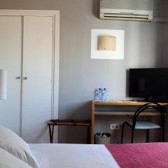 Hotel Subur удобства в номере