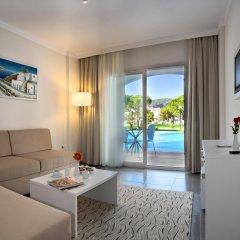 Отель Batihan Beach Resort & Spa - All Inclusive комната для гостей