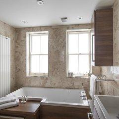 Отель onefinestay - Bloomsbury private homes ванная