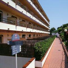 Отель Aparthotel Guitart Central Park Aqua Resort Испания, Льорет-де-Мар - отзывы, цены и фото номеров - забронировать отель Aparthotel Guitart Central Park Aqua Resort онлайн балкон