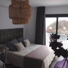 Отель Hostal Restaurant Sa Malica Бланес комната для гостей фото 5