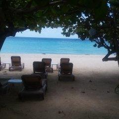 Отель Firefly Beach Cottages пляж фото 2