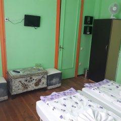 Отель Trakia Bed & Breakfast сейф в номере