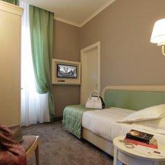 Отель iH Hotels Roma Dei Borgia сейф в номере