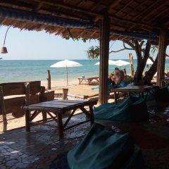 Отель Ko Lanta Relax Beach Bungalows Ланта гостиничный бар