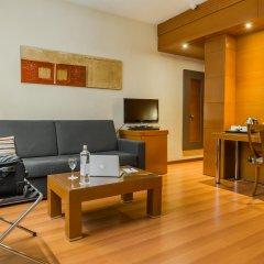 Отель Aparthotel Mariano Cubi Barcelona комната для гостей фото 4