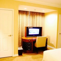 Отель The Signature at MGM Grand США, Лас-Вегас - 2 отзыва об отеле, цены и фото номеров - забронировать отель The Signature at MGM Grand онлайн удобства в номере фото 2
