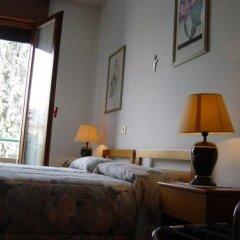 Отель Rizzi Италия, Лимена - отзывы, цены и фото номеров - забронировать отель Rizzi онлайн комната для гостей фото 4