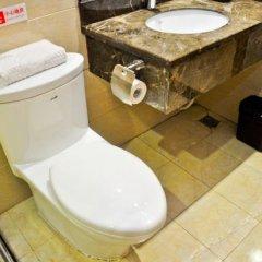 Отель Baowan Hotel Китай, Гуанчжоу - отзывы, цены и фото номеров - забронировать отель Baowan Hotel онлайн ванная