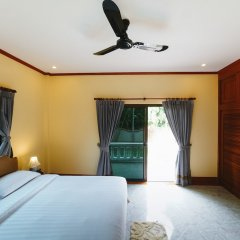 Отель 5 Bedrooms Pool Villa Behind Phuket Z00 Таиланд, Бухта Чалонг - отзывы, цены и фото номеров - забронировать отель 5 Bedrooms Pool Villa Behind Phuket Z00 онлайн комната для гостей фото 3