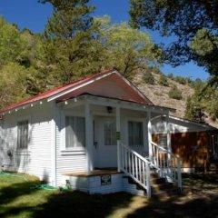 Отель Tioga Lodge at Mono Lake США, Ли Вайнинг - отзывы, цены и фото номеров - забронировать отель Tioga Lodge at Mono Lake онлайн вид на фасад