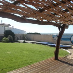 Almagreira Surf Hostel фитнесс-зал