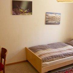 Отель Chesa Albris Bed and Breakfast Швейцария, Санкт-Мориц - отзывы, цены и фото номеров - забронировать отель Chesa Albris Bed and Breakfast онлайн комната для гостей фото 5