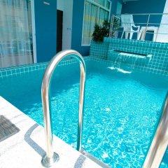 Отель Sea Host Inn Таиланд, Пхукет - отзывы, цены и фото номеров - забронировать отель Sea Host Inn онлайн бассейн фото 3