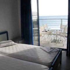 Kassavetis Hotel Aparts комната для гостей