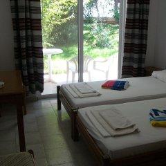 Отель Helgas Paradise комната для гостей фото 2